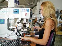 Von uns werden ausgesuchten Produkte werden in der hauseigenen Druckerei mit Werbung versehen.